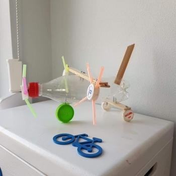 Zabawki ze śmieci (10)