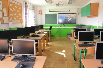 Szkoła w Gródku - Pracownia komputerowa