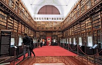 (Nie)typowe biblioteki