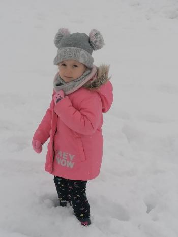 Zimowe zabawy na śniegu (37)