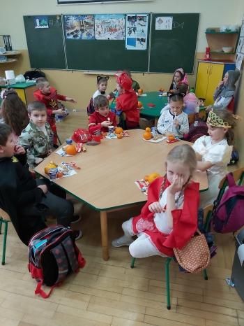 Zabawa karnawałowa - Oddział Przedszkolny (6)