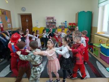 Zabawa karnawałowa - Oddział Przedszkolny (17)