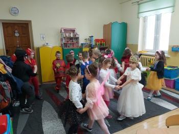 Zabawa karnawałowa - Oddział Przedszkolny (18)