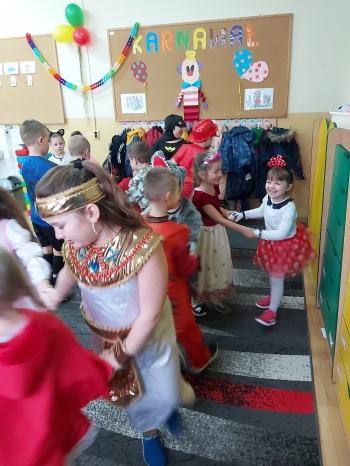 Zabawa karnawałowa - Oddział Przedszkolny (20)
