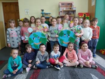 Dzień Ziemi w oddziale przedszkolnym (10)