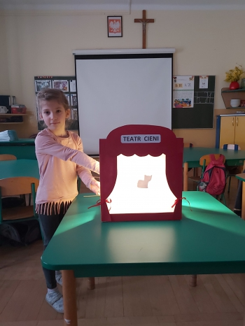 Teatr cieni - oddział przedszkolny (8)