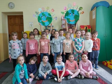 '' Choć przedszkolak nie jest duży, to przyrodzie wie, jak służyć''