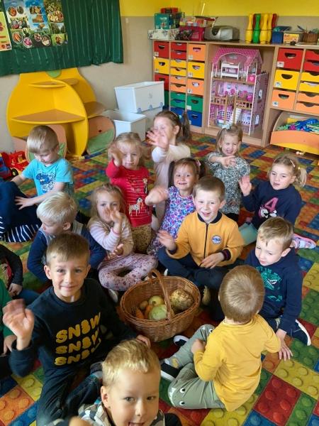Poznajemy  warzywa w oddziale przedszkolnym...